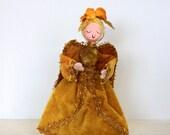 vintage Christmas angel // 1970 // gold velvet // blonde angel // Christmas decoration // holiday // Mr. Christmas collectible - umbrellafant