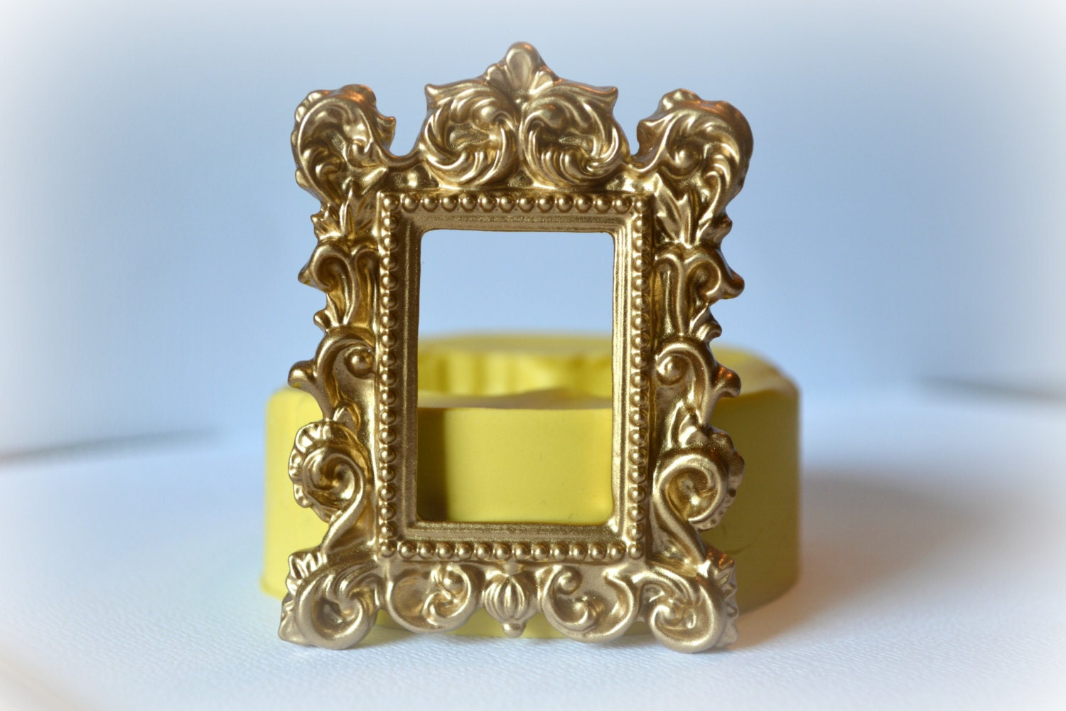 0731 Baroque Picture Frame Silicone Rubber Flexible Food Safe