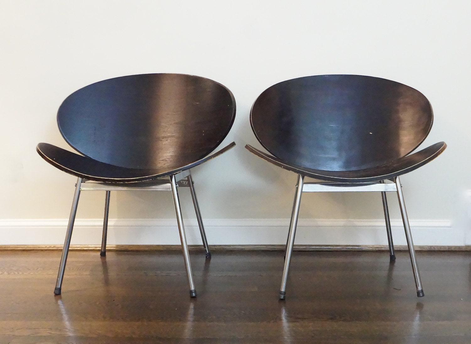 Uncategorized Clamshell Chair Mid Century Clam Shell Chairs Pierre Paulin  Style Orange Like This Item