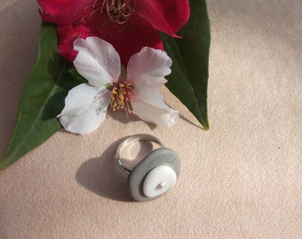 Beach stone Ring Pebble Ring Natural Stone Sterling Silver Ring Handmade Pebble Jewel