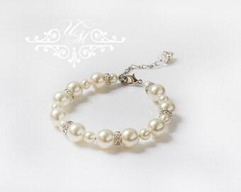 Wedding Jewelry Bracelet Single strand Pearl Bracelet Swarovski Pearl Bracelet Bridal Bracelet Bridesmaids Bracelet - NATALIE