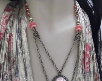 Beautiful Kitty Cameo Necklace and Earring Set********OOAK*******