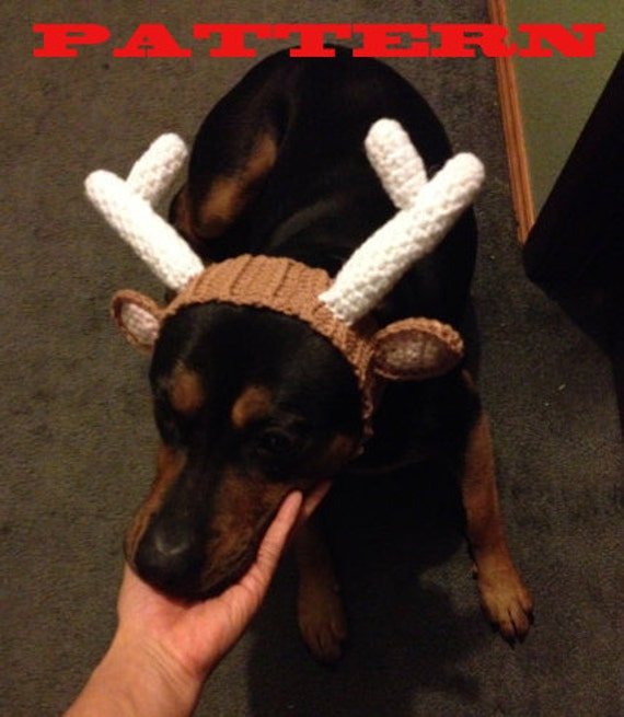 Knitting Pattern For Reindeer Hats For Dogs : Knitting Pattern For Reindeer Hat For Dogs images