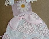Collage de tissu fait main robe carte - Kraft/Pink Daisy