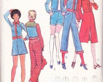 1970s Complete Country Wardrobe Skirt Top Jacket Pants Shorts Vintage Sewing Pattern Butterick 6509 Size 10 Bust 32.5