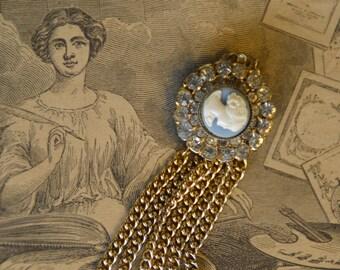 Les enquêtes de Lavinia et Tobias, tome 2 : Le mystère du bracelet bleu d'Amanda Quick Il_340x270.596109934_omty