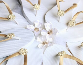 BRIDESMAID Flip Flops,BRIDAL Flip Flops, WEDDING Flip Flops,Rhinestone Flip Flop,  Elegant  Flip Flops, Bridesmaid Gifts, Bridal Party Gift