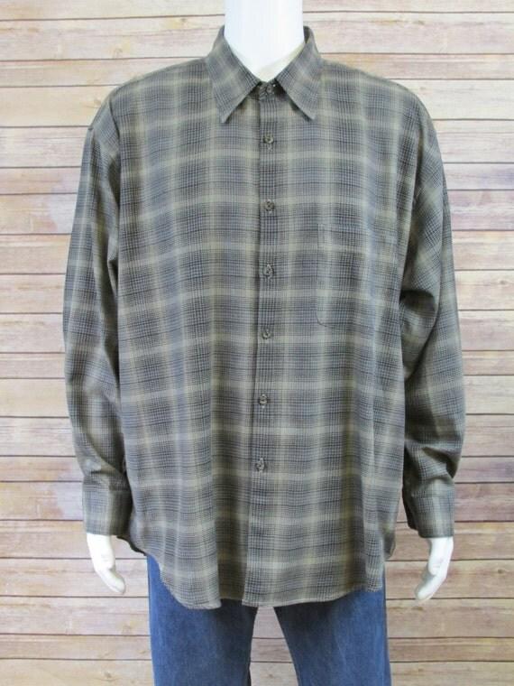 Vintage van heusen corporate casual flannel shirt 90 39 s for Van heusen plaid shirts