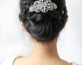 Elegant crystal hair accessory