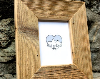 Picture frame 4 x 5 inches to hang, very rustic, made of ancient fir, left natural