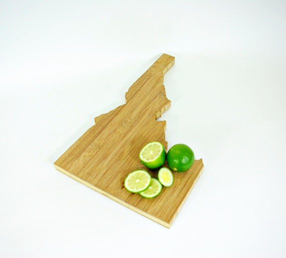idaho state shaped cutting board fsc bamboo made in idaho. Black Bedroom Furniture Sets. Home Design Ideas