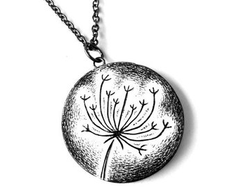 Wild Flower Necklace.Black and White Jewelry. Birthday Gift. Flower Pendant. Anniversary Gift. Queen Annes Lace Pendant.