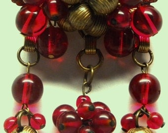 Early 1930s Miriam HASKELL Frank Hess Art Deco Dangle Pin BROOCH Ruby Red Pools of Light Gripoix Glass Beads