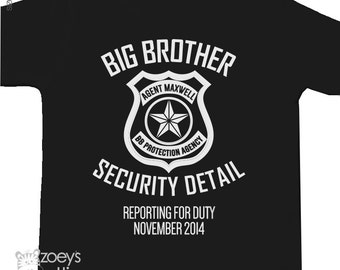 Big brother security detail shirt or big brother to be pregnancy announcement Tshirt DARK