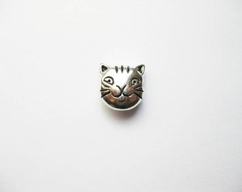 5 Cat Face Beads / Charms in Silver Tone - C1059