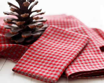 Christmas napkins set of 6 / red napkins set sewn from 100 percent linen fabric / size 18x18   0271