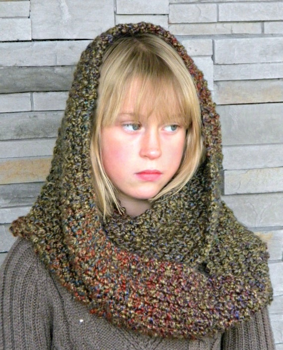 Custom Infinity scarf Round Cowl Hand Knit Chunky Double strand Prairie shade yarn Wide Loop Chunky Thickness Winter Fall head cover wrap