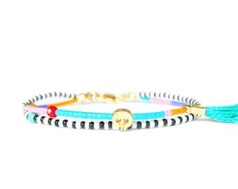 Turquoise Beaded Skull Bracelet Dainty Friendship Bracelet Stacking Bracelet