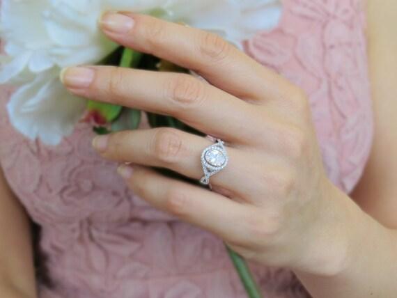 Great Gatsby Daisy Ring Carat