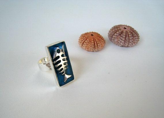 Fish ring, blue resin ring, fishbone ring, sea surf beach jewelry, greek summer jewelry, modern minimalist, nautical animal jewelry