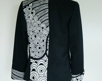 Jacket / Blazer  woman in black and white. Vintage