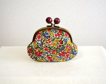 Rustic tiny floral clasp purse with wooden balls - Red Blue Yellow - Japanese cotton fabric. Frame purse