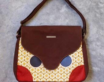 Messenger Bag - Hoot The Owl Messenger with Padded Laptop/ iPad Pockets (Honey Flora)