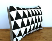 Decorative black and white triangles  - throw pillow cover