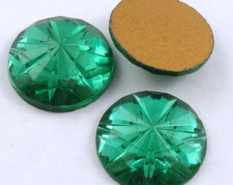 15mm Faceted Emerald Cabochon #298