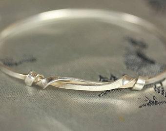 Handmade Silver Knot Bangle