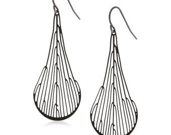 Dichotomous Earrings (black)