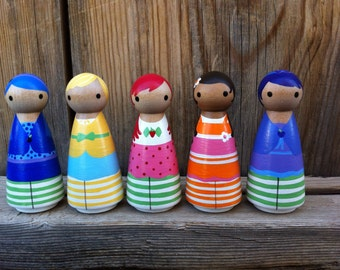 Strawberry Shortcake Pegbuddies set of 5- hand painted wood peg people peg doll, Birthday Cake Topper
