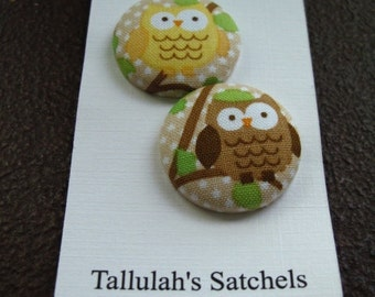 """Wearable Sew On Fabric Covered Buttons - Size 45 or 1 1/8"""" Owls"""