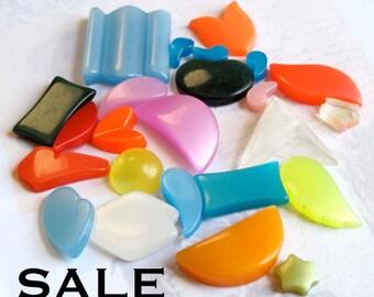 Vintage Lucite Plastic Components (50X) (CB529) SALE - 50% off