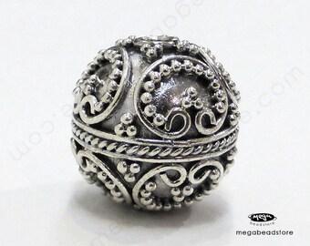 2 pcs 13mm Patina Round Beads Bali 925 Sterling Silver Handmade Beads B27-L