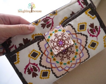 PREMIUM Organizer Clutch Wristlet (Dream Catcher in Rafia)