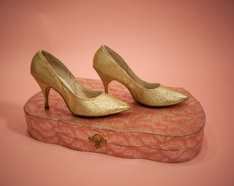 1960s Gold Lamé Heels by American Girl Size 5