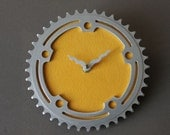 bicycle clock - vintage yellow