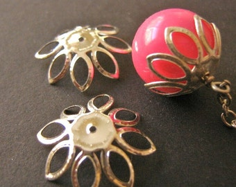 Silver Tone 22mm Spike Flower Bead Caps 30pcs