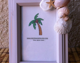 White Washed Wood Picture Frame, Shabby Chic, Photo Frame for 4x6 Photo, Seashell Embellished