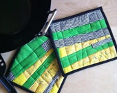 Potholders, Handmade, Quilted Potholders, Modern, Hot Pads, Trivets, Kitchen, Canary yellow,black,white,Kelly green,Housewares