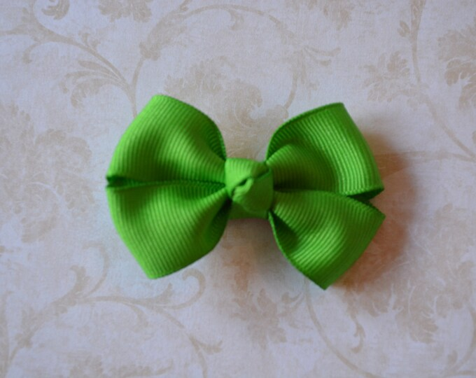 Apple Hair Bow 2.5 Inch Pinwheel Boutique Bow for Babies Toddlers Girls Hair Bows