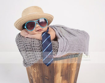 Crochet Prop blanket ,Mini Blanket, Basket Stuffer ,layering blanket ,mat rug Newborn Photography Prop , Custom baby gifts