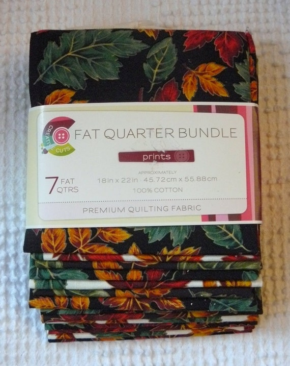 Fabric Fat Quarter Bundle of 7 Fall / Autumn Leaves Prints