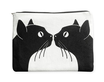Amenity bag: Kissing Cats