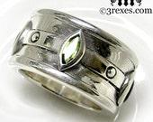 Mens Silver Ring Gothic Engagement Band Green Peridot Moorish Marquise Size 8.5