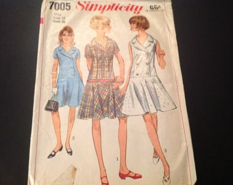 "Vintage Simplicity #7005 Pattern for Misses Size 16, Bust 36"" One Piece Dress"