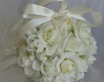 Pomander Kissing Ball Flower Girl Bridal Bouquet Wedding Decoration Ivory Roses