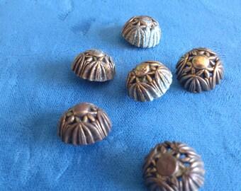 6 Dommed Brass Vintages Buttons