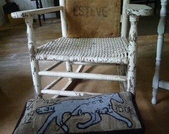 Wool Hooked Mat On Primitive Bench Cricket In Black Paint Fraktur Horse
